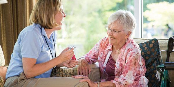 На что обратить внимание при выборе дома для престарелых