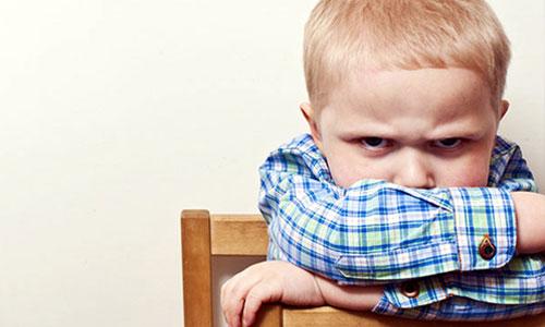 Почему нельзя ребенка задаривать подарками